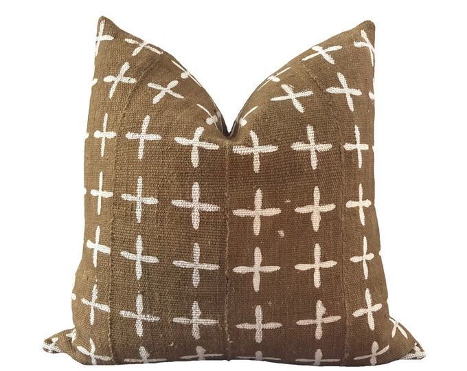 ELIE || Vintage Mudcloth Pillow Cover | White and Yellow Mud Cloth | Origin: Mali
