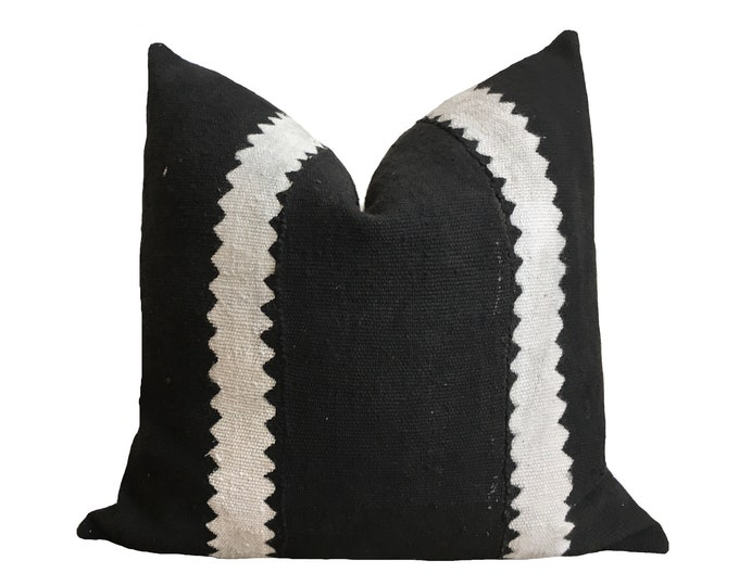 Authentic African Mudcloth Pillow Cover, Black Mudcloth, Mali Bogolan, Modderdoek