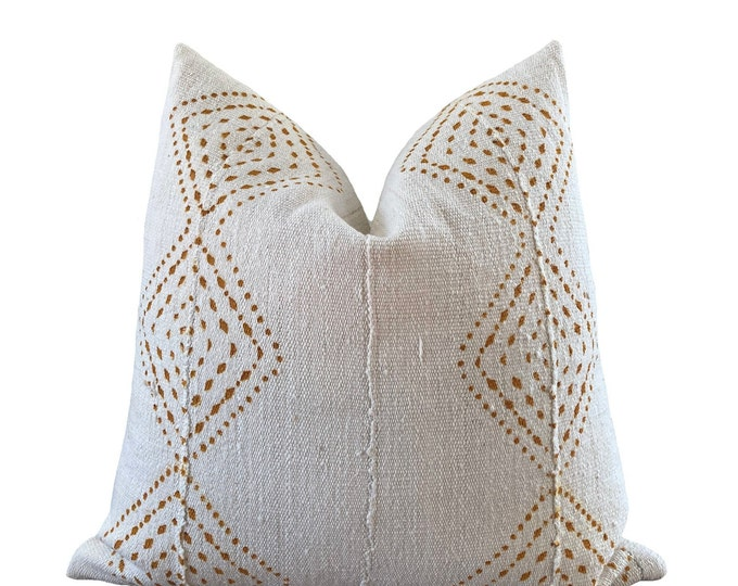 ISSA || Vintage Mudcloth Pillow Cover | White and Orange Mud Cloth | Origin: Mali