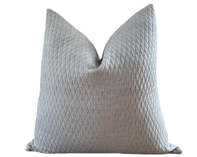 GAEL || Quilted French Linen Pillow Cover | charcoal grey | Origin: France