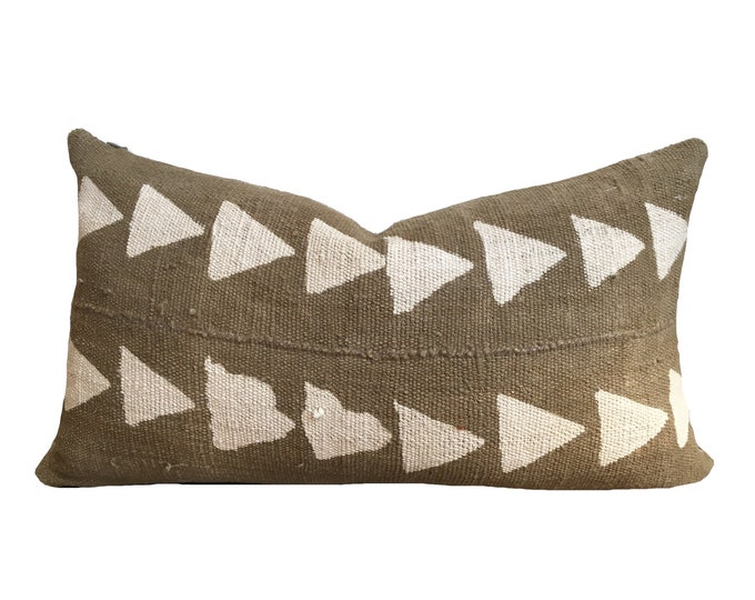 Green Mudcloth Pillow Cover, African Mud Cloth, Triangle Motif