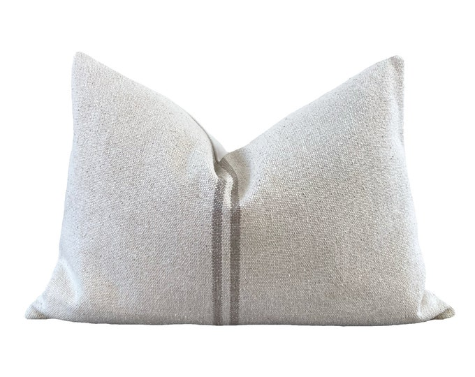 JOELLE PETIT || Grain Sack Pillow Cover | Heavy canvas, handwoven | Origin: France