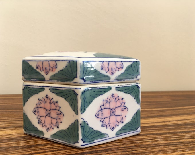 Vintage Chinese Ceramic Jewelry Box