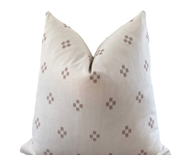 SUNAN || Chiang Mai Cotton Pillow Cover | Handwoven ecru with woven accents | Origin: Thailand