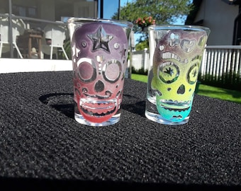 Sugar Skull Shot Glass, Dia de los Muertos, Painted Glass, Glassware, Engraved, Barware Gift, Etched, Day of the Dead, Sandblasted Glass