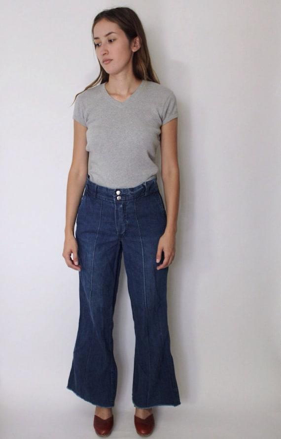 Vintage 1970s Bell Bottom Jeans 27 | 70s Bell Bott