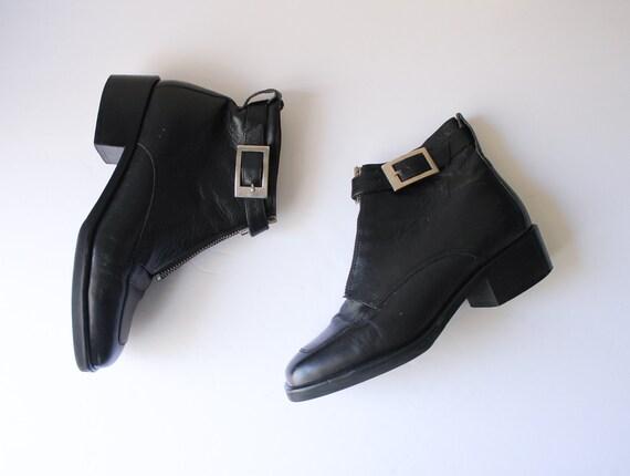 Vintage 1990s Anne Klein Black Booties 5.5 | Black