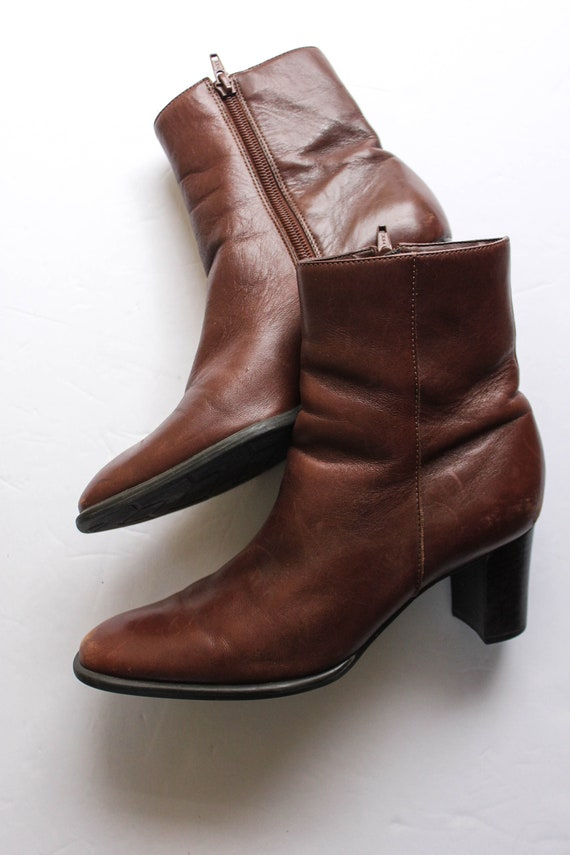 Vintage 1990s Brown Leather Boots 6.5 | Brown Ank… - image 3