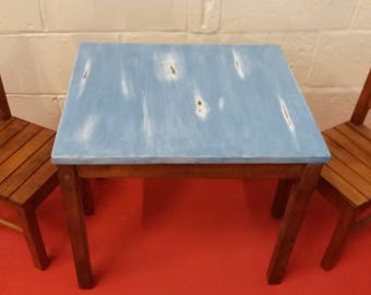 Petite Distressed Table U0026 Chairs