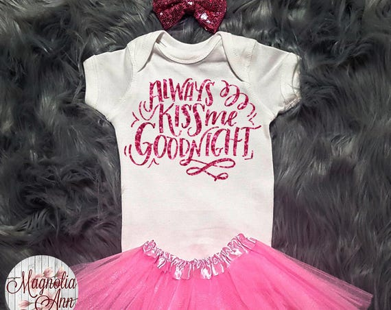Always Kiss Me Goodnight Valentines Outfit, Toddler Valentines Day Outfit, Baby Girl Valentines Outfit, Babies 1st Valentines Day, Kids Tee