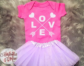 Love Heart Arrow Valentines Outfit, Toddler Valentines Day Outfit, Baby Girl Valentines Outfit, Babies 1st Valentines Day, Toddler Girl