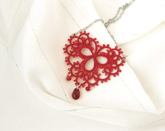 Valentine perfect gift/for/wife Dainty heart pendant Love necklace Red tatting lace necklace Delicate filigree pendant Engagement jewelry