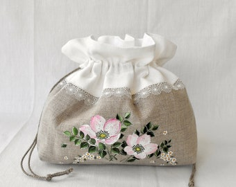 Pouch with pink flowers