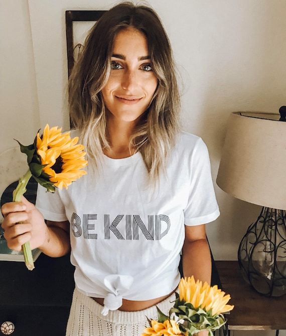 BE KIND Tee, White Basic Boyfriend Tee, Kind tshirt, Be Kind Tshirts, Be Kind Tops, Retro Be Kind, Be Kind Tees, Kindness Tops