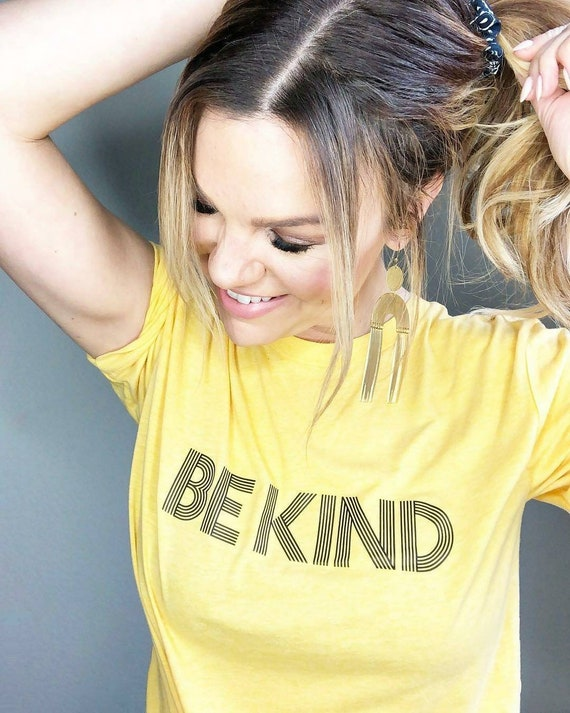 BE KIND Tee, Be Kind tshirt, Be Kind Tshirts, Be Kind Tees, Be Kind Tops, Retro Be Kind, Be Kind Tees, Kindness Tops