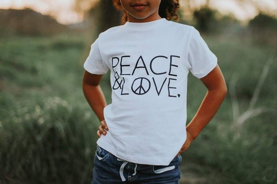 Kid's Tee, PEACE AND LOVE