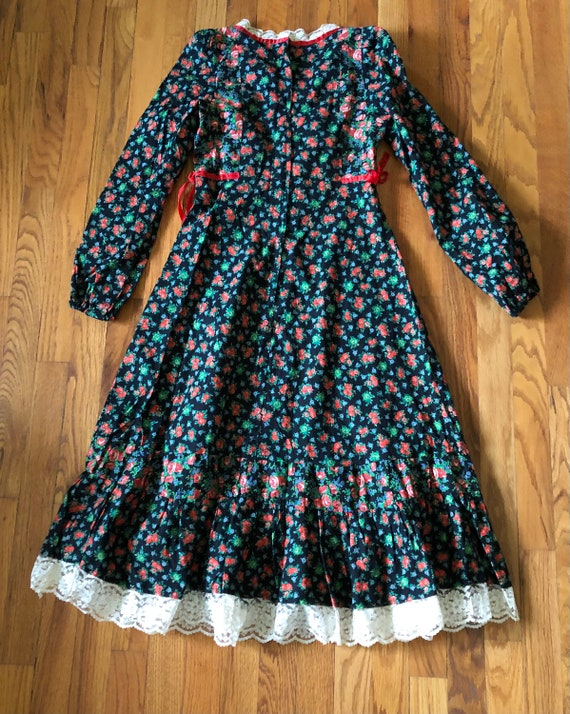 Vintage 70s midi dress-Gunne style-Pretty floral … - image 9