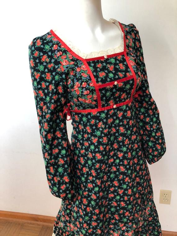 Vintage 70s midi dress-Gunne style-Pretty floral … - image 1