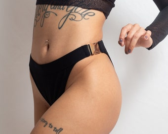 Lilith: Stretch Cotton Side Buckle Knickers