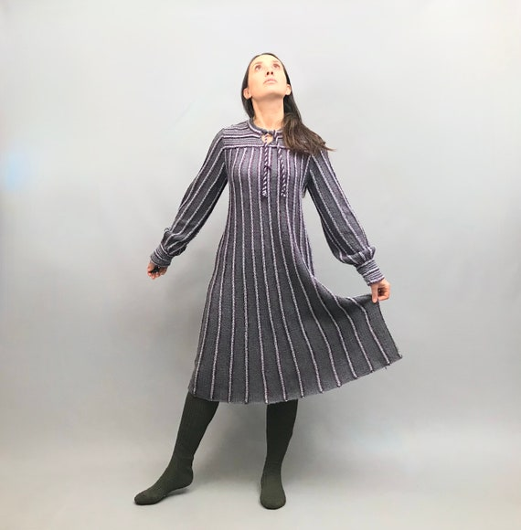 Beautiful 1970s knitted lilac Wool dress Made By T