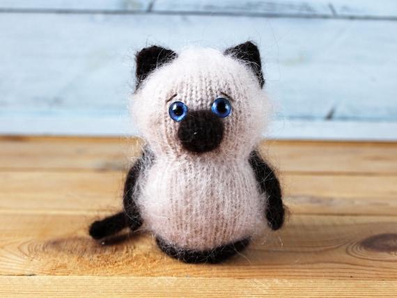 Amigurumi Siamese Cat and Kitten - FREE Crochet Pattern / Tutorial ... | 427x570