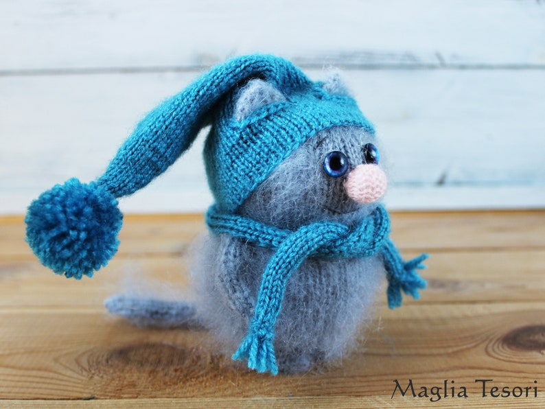 Stuffed cat plush Knitted doll for cat lover Knitted cat amigurumi doll Amigurumi cat figurine Grey cat stuffed animal