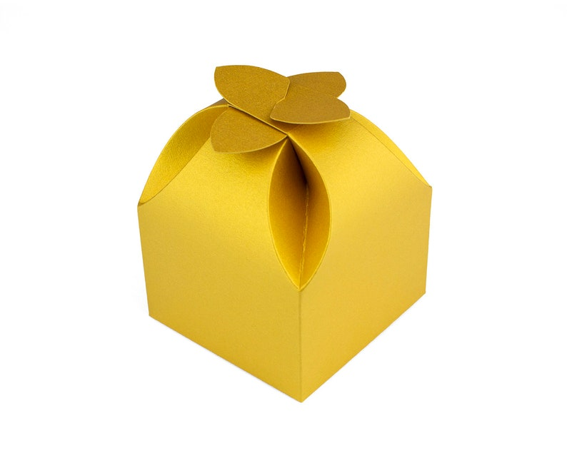 MARVELOUS FLOWER BOX Gift Box Ready Made Packaging Present Box Bridesmaid Gift Box Bridal Party Favor Chocolate Packaging Bunny Box Design