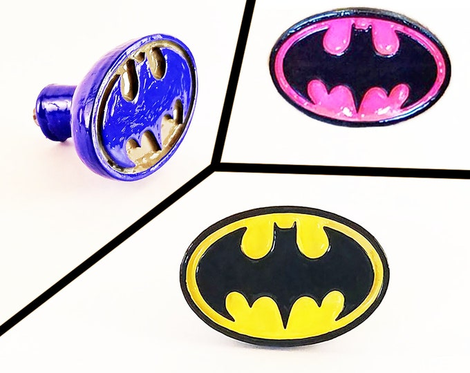 Batman Logo Cabinet Knobs | DC Comics