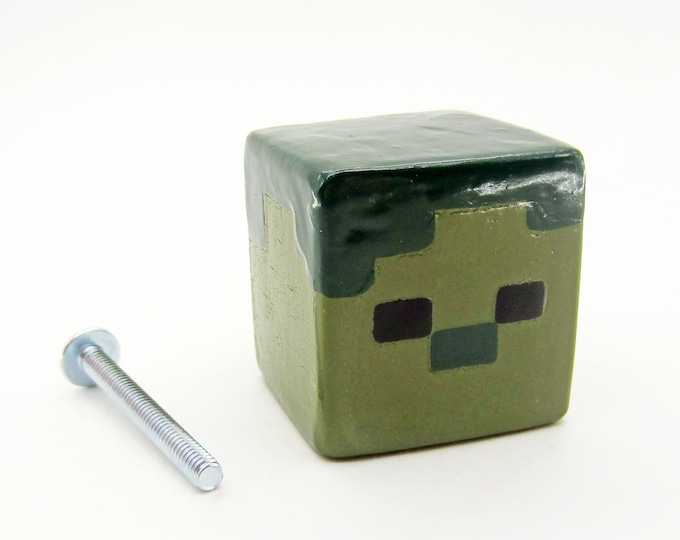Zombie Cabinet Pull | Minecraft