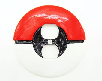 Pokemon Pokeball Wall Plate (Single Switch + Power Outlet) - nintendo video game decor kids bedroom idea man cave decor game room gift ideas