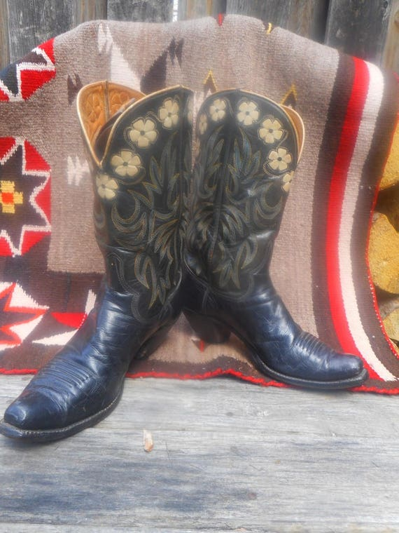 Hyer Daisy Boots