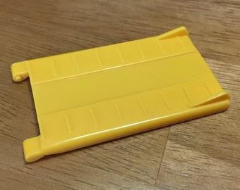 G1 Transformer Micromaster Yellow Short Ramp Part