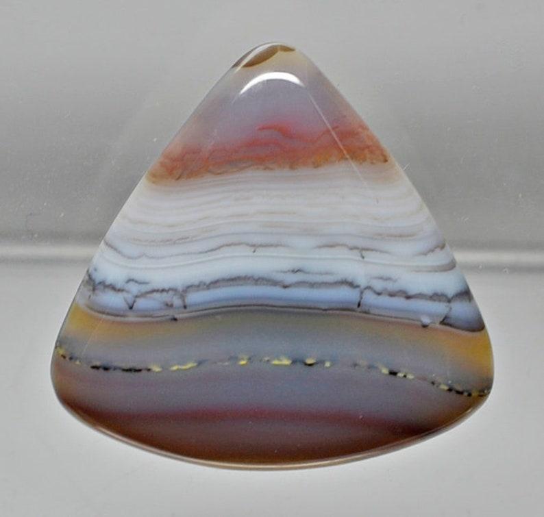 Trillion Shape Cabochon 45.10 x 44.30 x 7.60 mm y30833 Red Beige Gray Gemstone Cab Loose Gem Stone Brazilian Agate 98.55 ct