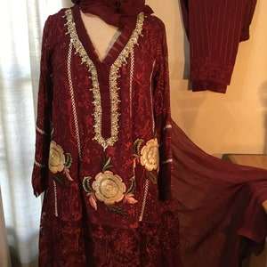 Ready to wearship Pakistani Luxury Pret style suits
