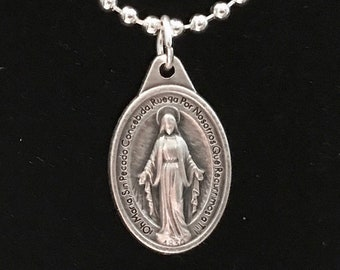 Spanish Inscription Miraculous Medal