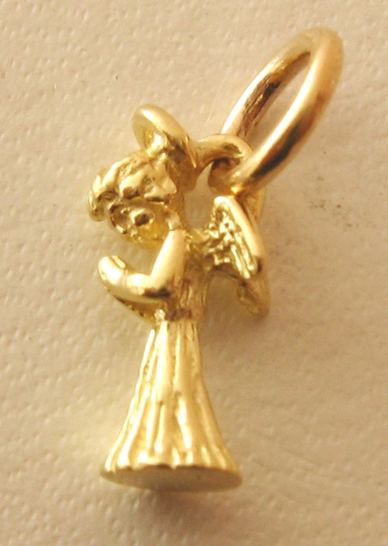 GENUINE  SOLID  9K  9ct  Yellow  GOLD  CROSS  CHARM//PENDANT