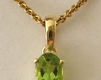Genuine SOLID 9K 9ct YELLOW GOLD August Birthstone Peridot Pendant Gift