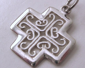 Genuine SOLID 925 STERLING SILVER Celtic Keltic Cross Pendant