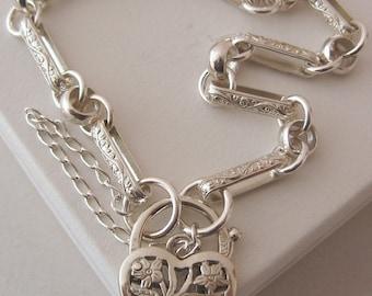 Genuine SOLID 925 STERLING SILVER Vintage Design Bracelet with Filigree Padlock