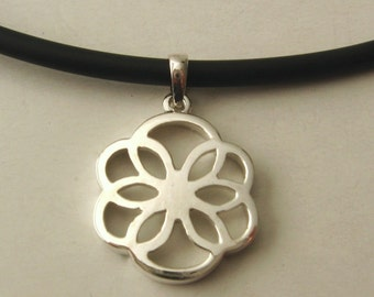 Genuine SOLID 925 STERLING SILVER Filigree Floral Pendant