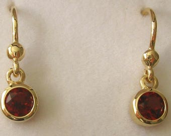 Genuine SOLID 9K 9ct YELLOW GOLD January Birthstone Round Garnet Dangle Drop Earrings