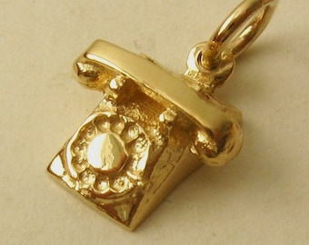 Genuine SOLID 9K 9ct YELLOW GOLD 3D Vintage Telephone charm/pendant
