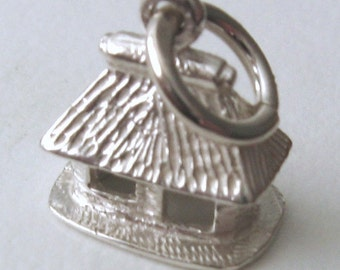 Genuine SOLID 925 STERLING SILVER 3D Old House Hut charm/pendant