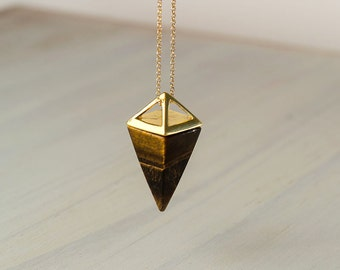 Tiger Eye Point Necklace Gold Brown Triangle Necklace Pyramid silver Pendant Quartz Crystal Layering Healing Crystal Yoga Pendant