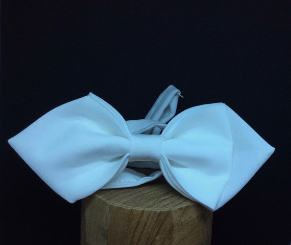 Bow Tie, Wedding Bow Tie, white Peach-Skin Fabric