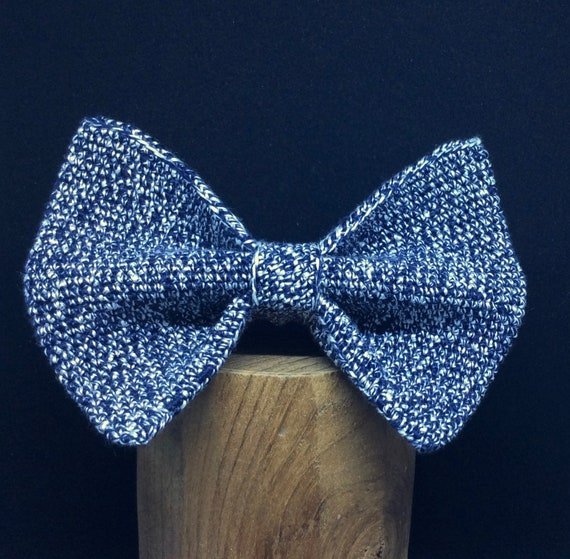 Crochet Bowtie, 100% Silk, navy-white