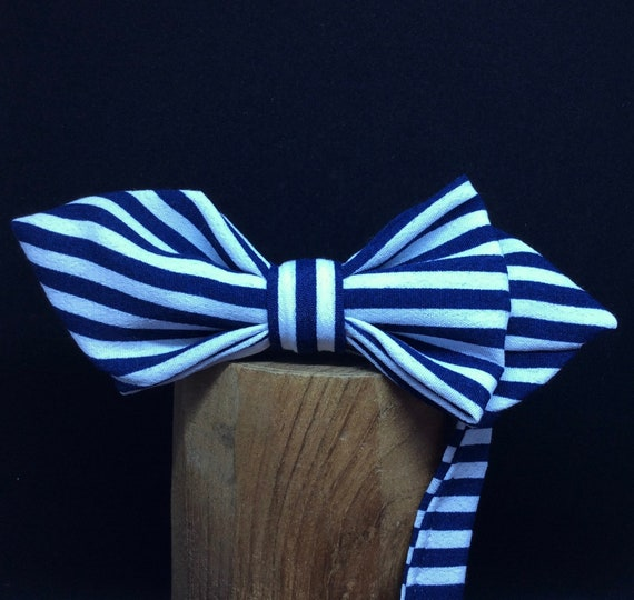 Blue white fly, cross stripes, hand-stitched