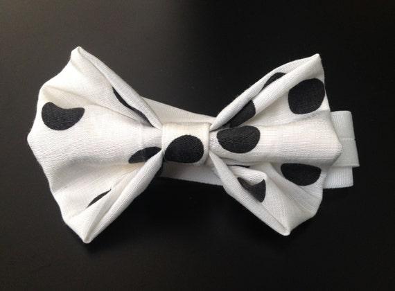 Silk Bowtie, Wedding Bowtie, Polkadots, black and white, 100% silk, vintage