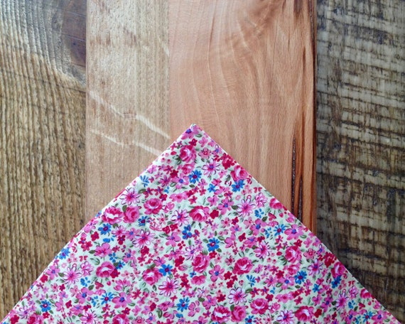 Pocket handkerchief with pink Liberty-Millefleur print