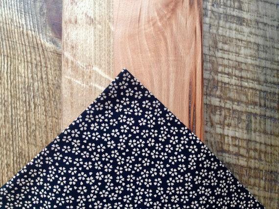 Pocket handkerchief, kimono fabric; black with scattered flowers